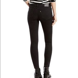 Levi's Mid Rise Skinny Jeans Faded Black